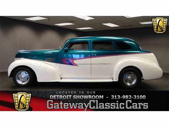 1939 Pontiac Silver Streak | 958009