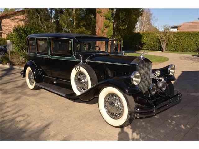1929 Pierce-Arrow Model 126 Enclosed Drive 7P Limousine | 958020