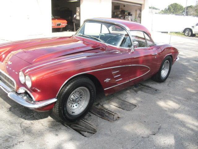 1961 Chevrolet Corvette | 958022