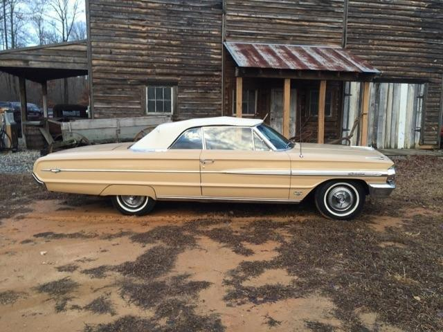 1964 Ford Galaxie 500 XL | 958044