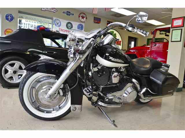 2004 Harley-Davidson Road King FLHRS   958050