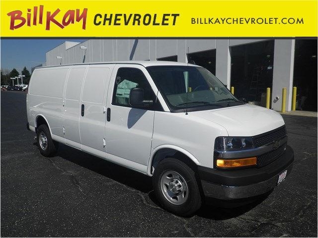 2017 Chevrolet Express | 958149