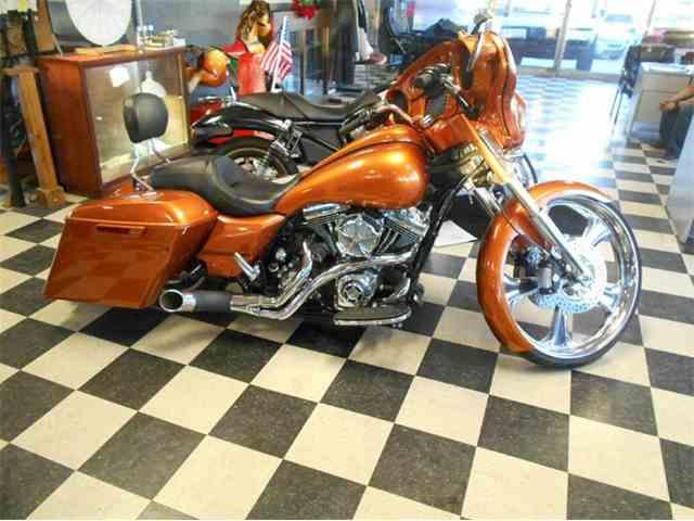 2014 Harley-Davidson Street Glide Custom | 958154