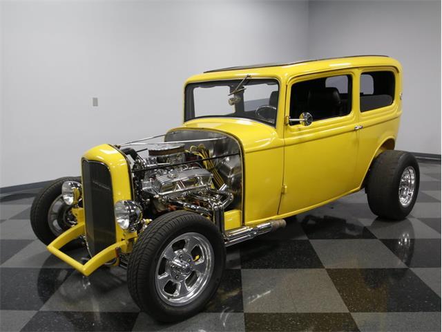 1932 Ford 2-Dr Sedan | 958158