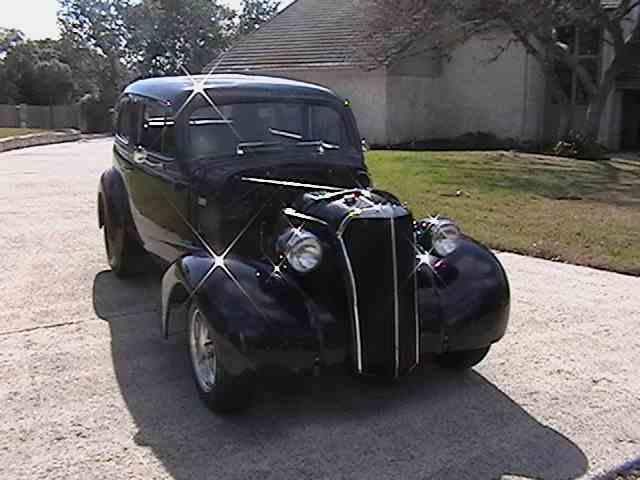 1937 Chevrolet Sedan | 958225