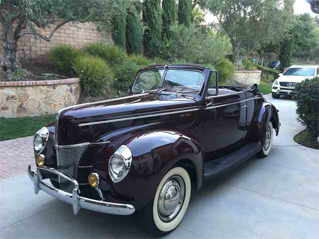 1940 Ford Deluxe | 958276