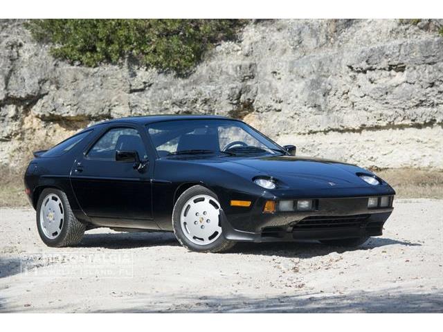 1984 Porsche 928 | 958310