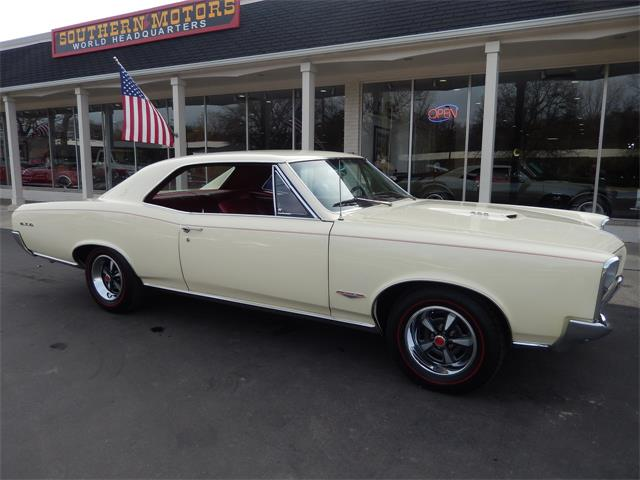 1966 Pontiac GTO | 958326