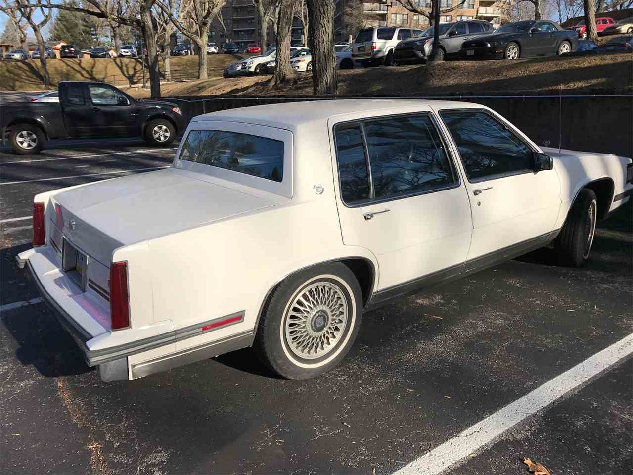 Large Picture of 1987 Cadillac DeVille located in Pennsylvania - KJIN