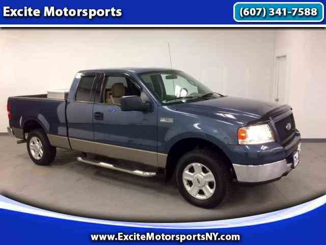 2004 Ford F150 | 958432