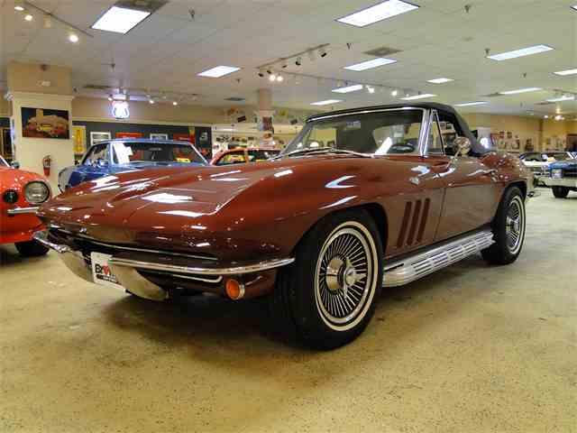 1965 Chevrolet Corvette | 958466