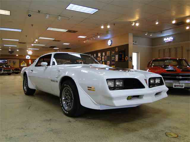 1977 Pontiac Firebird Trans Am | 958473