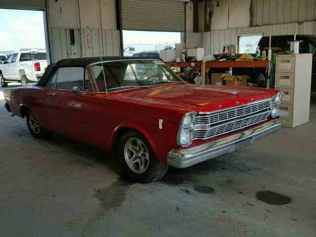 1966 Ford Galaxie | 958531