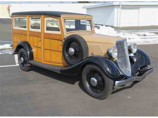 1933 Ford Woody Wagon | 958811