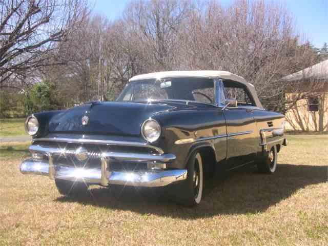 1953 Ford Crestline | 958905