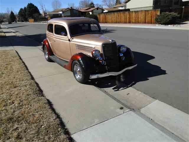 1935 Ford Tudor | 959131