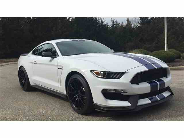 2015 Ford Mustang | 959280