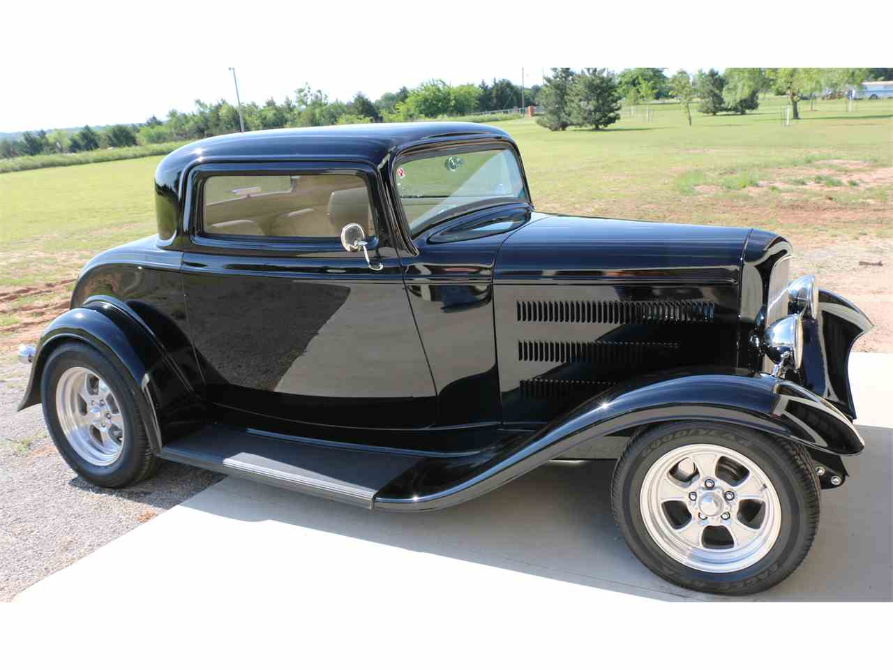 1932 ford 3 window coupe for sale cc 959406. Black Bedroom Furniture Sets. Home Design Ideas