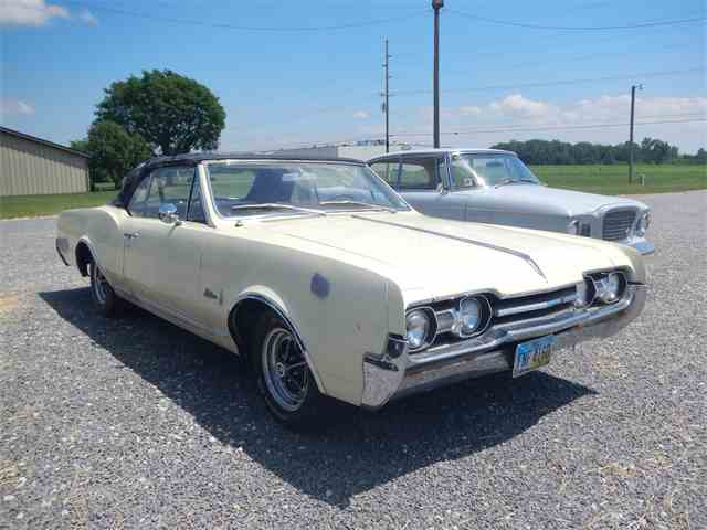 1967 Oldsmobile Cutlass | 959582