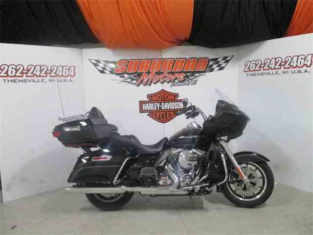 2016 Harley-Davidson® FLTRU - Road Glide® Ultra | 959698