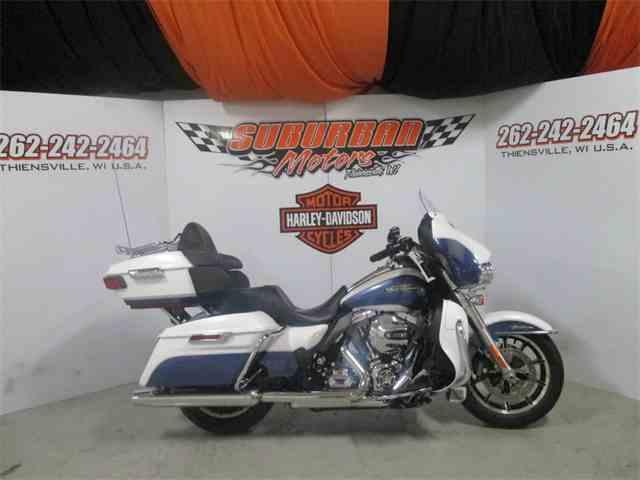 2015 Harley-Davidson® FLHTCUL - Electra Glide® Ultra Classic® Low | 959699
