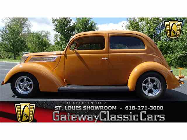 1937 Ford Slantback | 950980