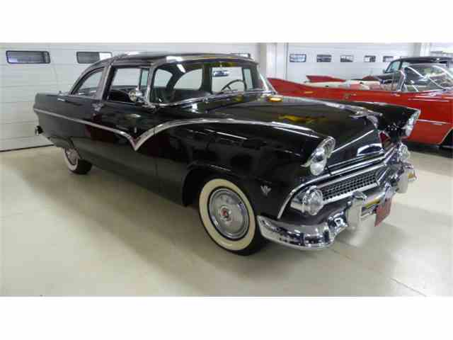 1955 Ford Crown Victoria | 961809