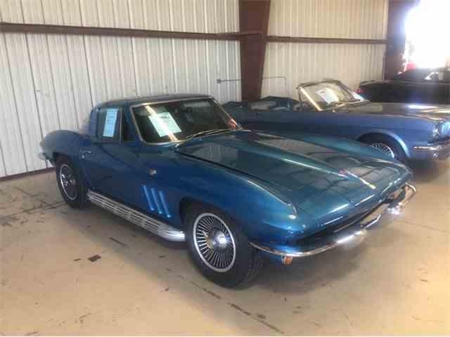 1965 Chevrolet Corvette | 961829
