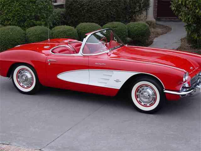 1961 Chevrolet Corvette | 960258
