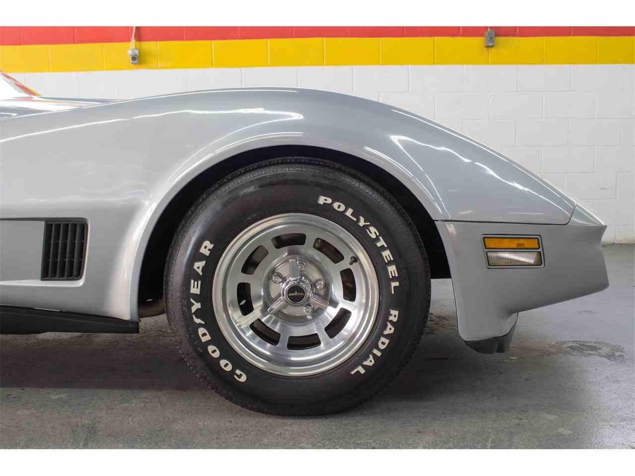 Large Picture of '81 Corvette - KKXV
