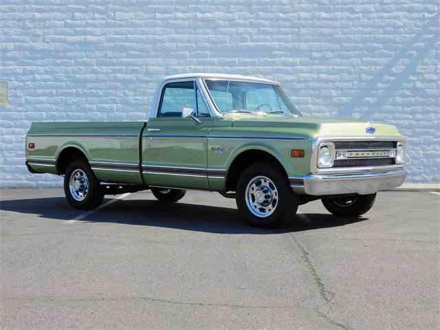 1969 Chevrolet CST 20 Custom Camper | 962631