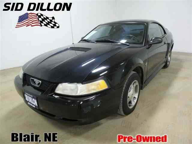 2000 Ford Mustang | 962740