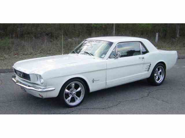 1966 Ford Mustang | 962803