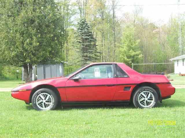 1984 Pontiac Fiero | 962833