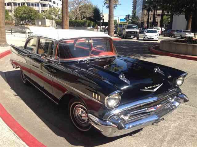 1957 Chevrolet Bel Air   963046