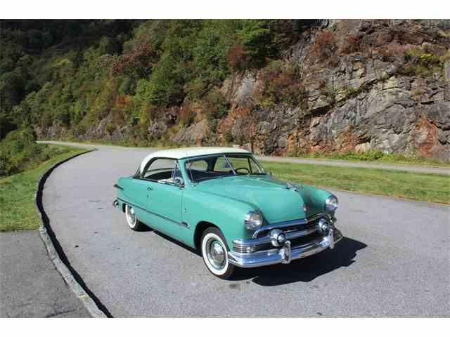 1951 Ford Victoria | 963118