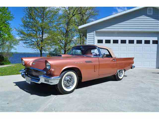 1957 Ford Thunderbird | 963119