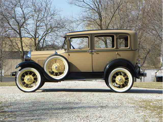 1929 Ford Model A Town Sedan | 963200