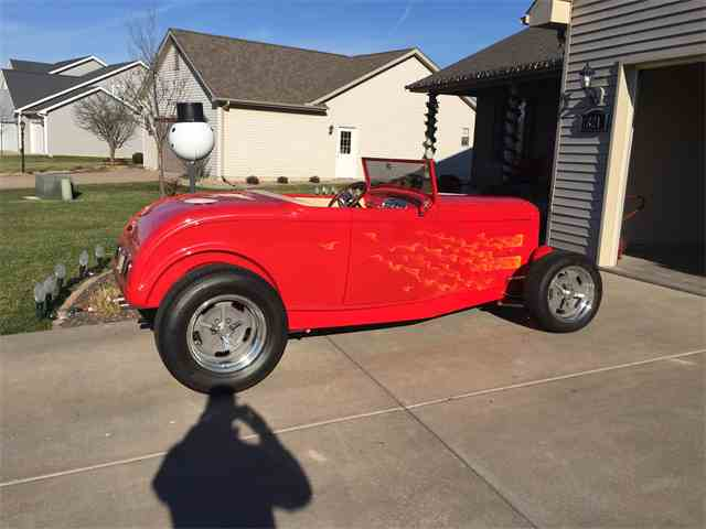 1932 Ford Roadster | 963598