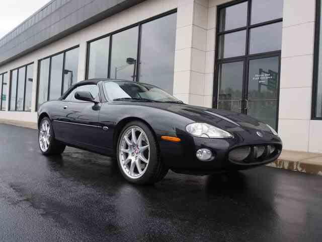 2002 Jaguar XKR | 963707