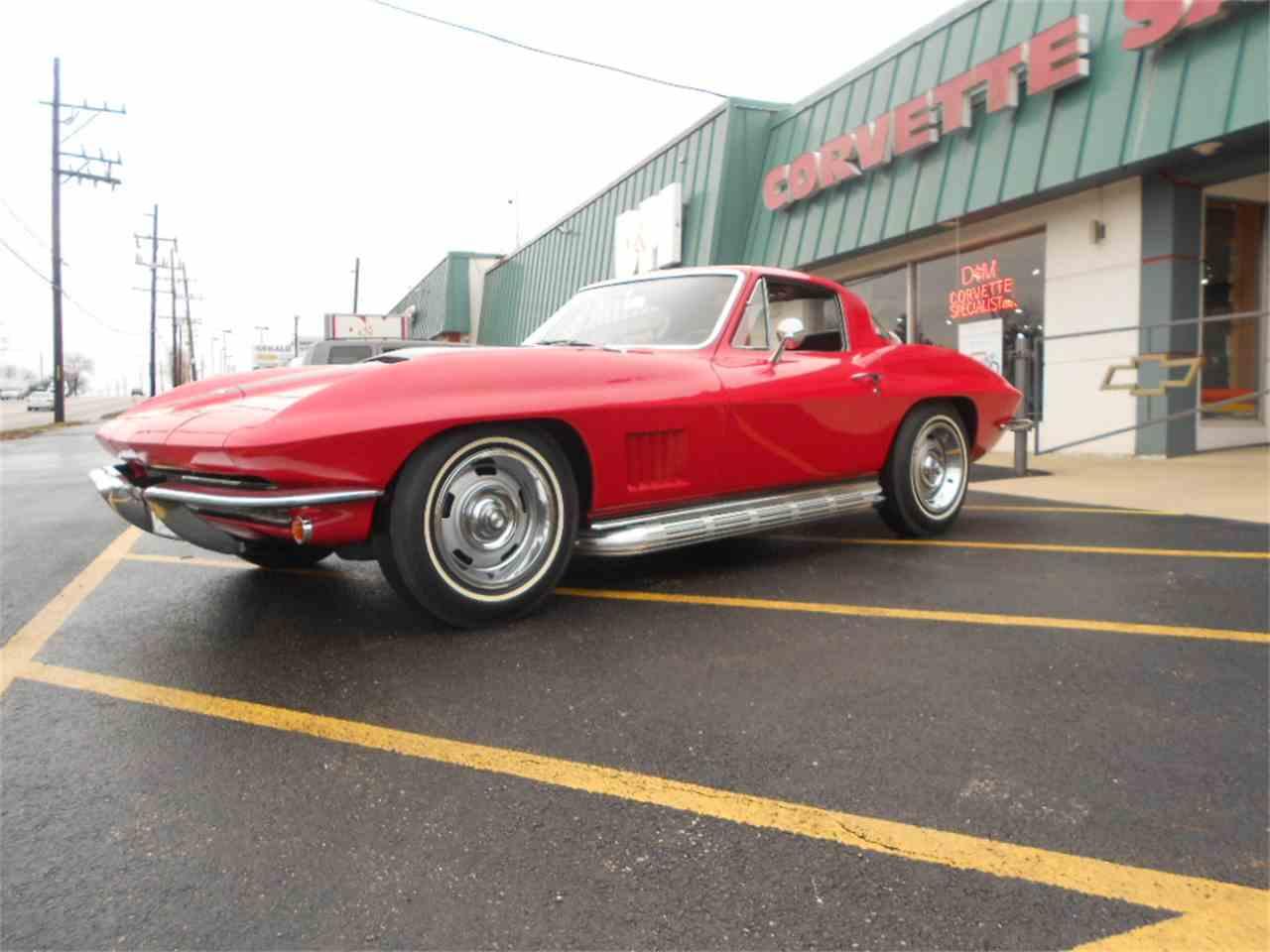 Large Picture of '67 Corvette - KNOK
