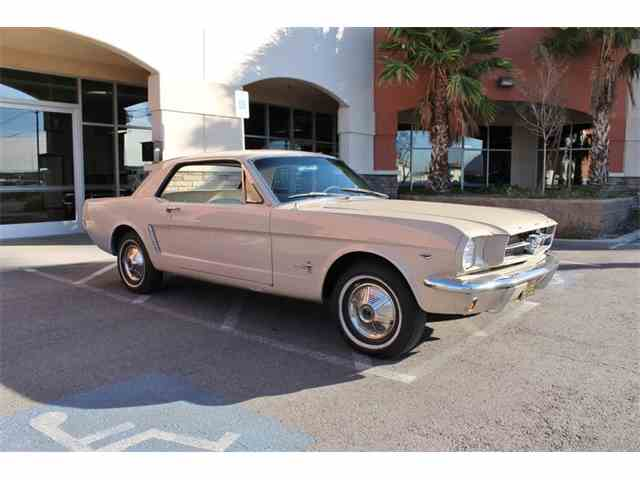 1965 Ford Mustang   963818