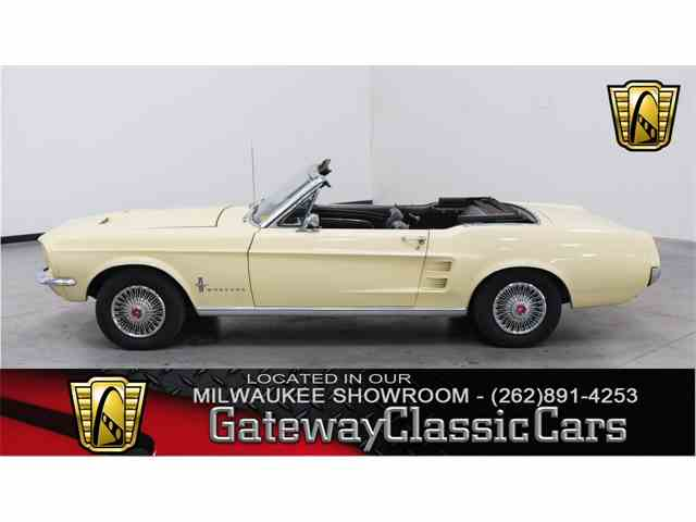 1967 Ford Mustang | 964609