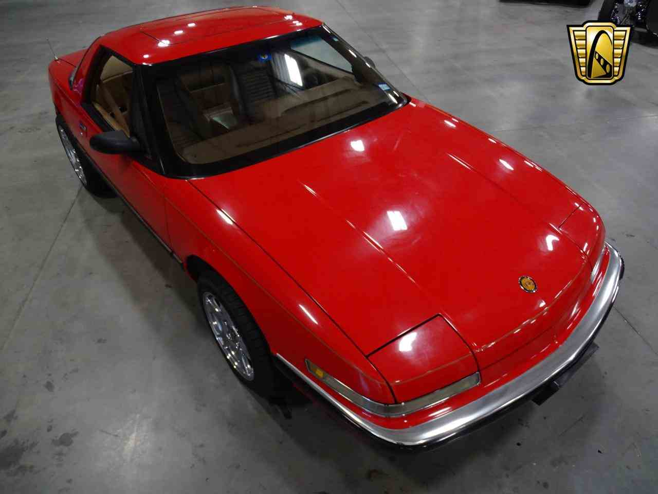 Large Picture of 1990 Buick Reatta located in Texas - $8,995.00 Offered by Gateway Classic Cars - Dallas - KOB1