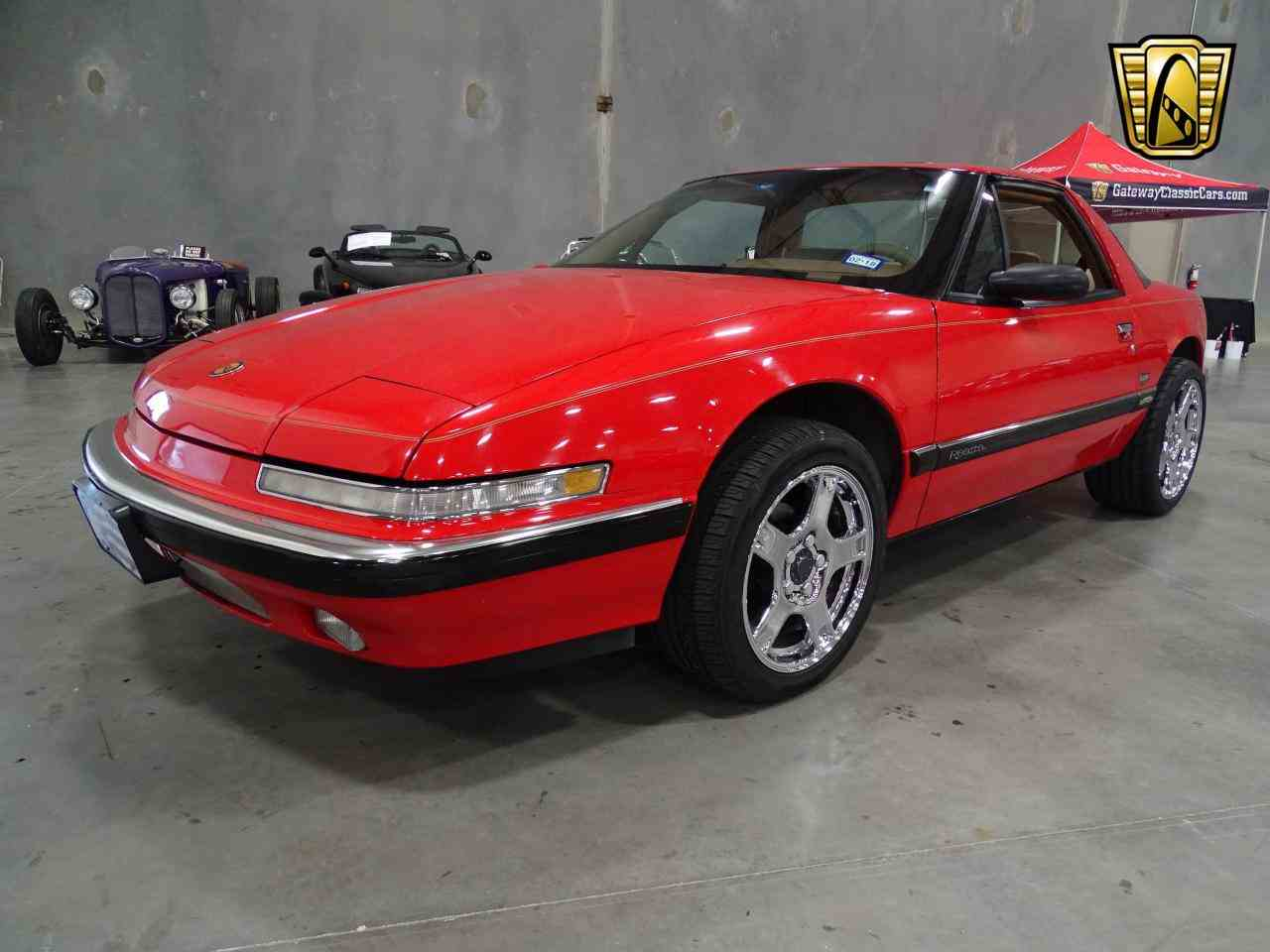 Large Picture of '90 Reatta located in Texas - $8,995.00 Offered by Gateway Classic Cars - Dallas - KOB1