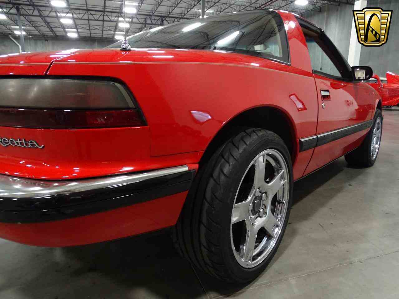 Large Picture of '90 Buick Reatta Offered by Gateway Classic Cars - Dallas - KOB1