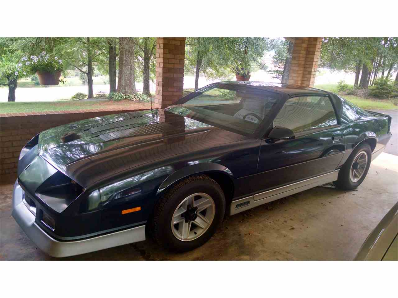 1985 chevrolet camaro rs z28 for sale cc 964828. Black Bedroom Furniture Sets. Home Design Ideas