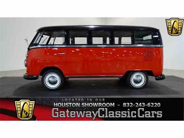 1967 Volkswagen Bus | 964898