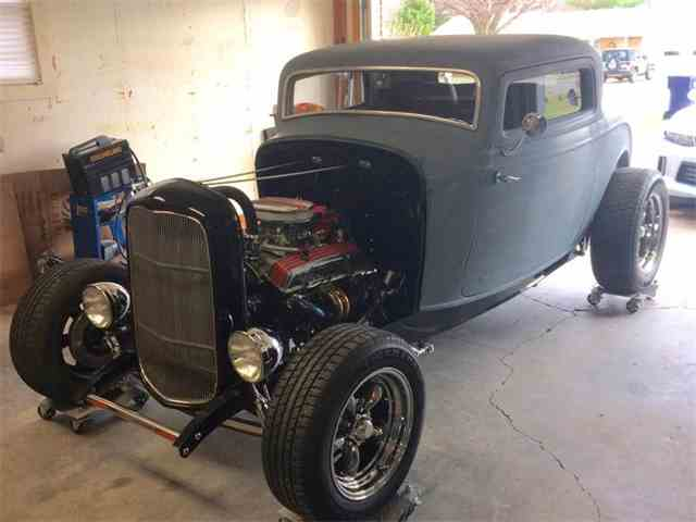 1932 Ford Deluxe | 965023