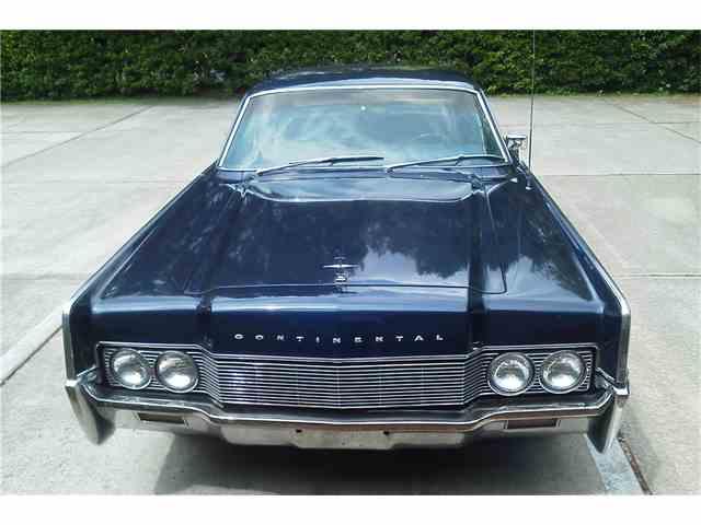 1967 Lincoln Continental | 965271